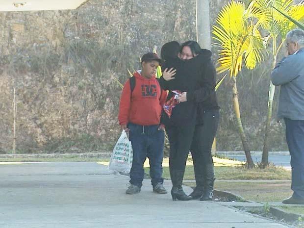 Criança de 8 meses foi encontrada já desacordada em Poços de Caldas (Foto: Reprodução EPTV / Marcelo Rodrigues)