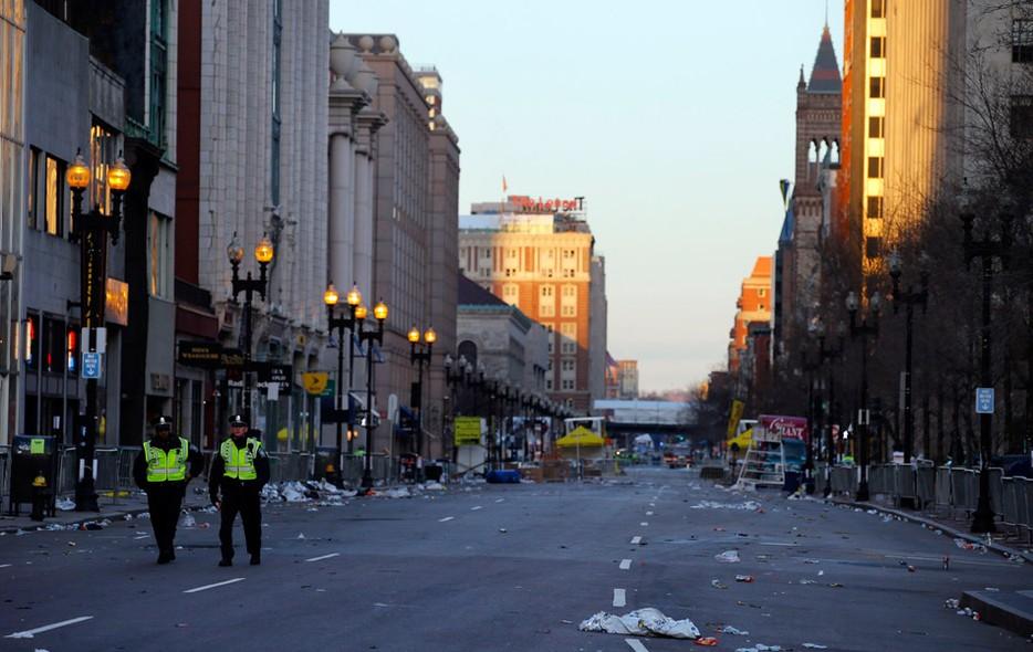 Super FOTOS: a cidade de Boston no dia seguinte às explosões da maratona  YD14