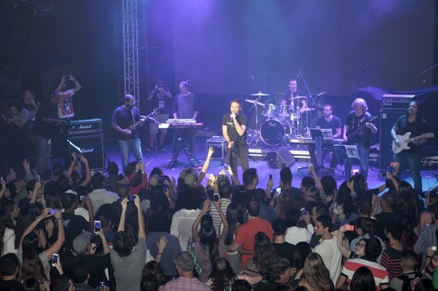 Show em homenagem ao cantor e compositor Cazuza, no Circo Voador, na Zona Sul do Rio (Foto: Isac Luz/EGO)