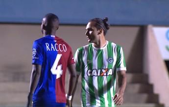 Para Roberto Fernandes, Paraná briga para evitar rebaixamento na Série B