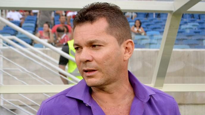 Isaías Silva, treinador do Baraúnas (Foto: Jocaff Souza)
