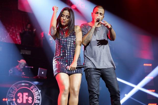 Anitta e Projota durante gravação de DVD do cantor (Foto: Manuela Scarpa/Brazil News)