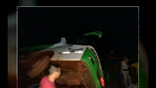 Ônibus tomba na rodovia BR-308, no nordeste do Pará