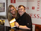 Ex-BBB Marien prestigia lançamento de livro de Walcyr Carrasco