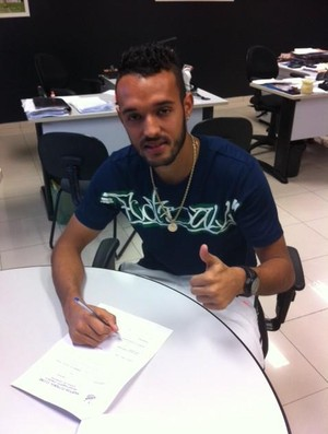 Anderson Carvalho, volante ex-Santos agora no Penapolense (Foto: Divulgação;Penapolense)