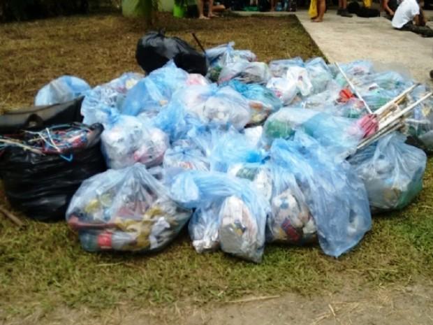 Mutirão recolheu cerca de 200 kg de lixo (Foto: Divulgação/Prefeitura de Cubatão)