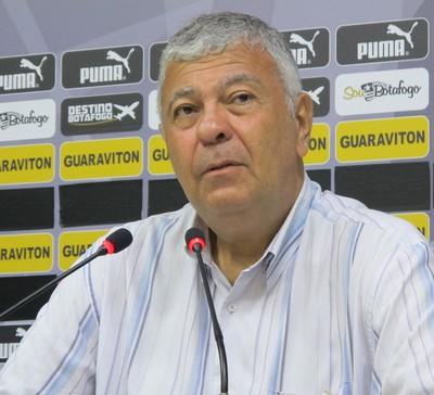 Antonio Carlos Mantuano, vice de futebol do Botafogo (Foto: Gustavo Rotstein)