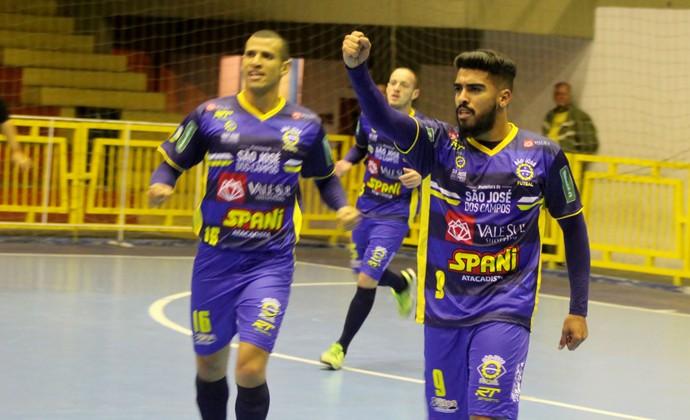 a10c2f0b1e São José Futsal x Corinthians  ingressos para jogo custam R  10