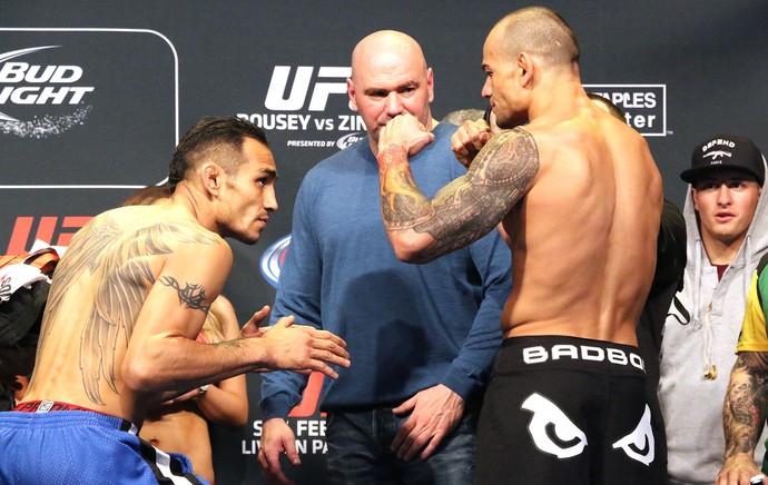 Tony Ferguson X Gleison Tibau, Pesagem UFC 184 (Foto: Evelyn Rodrigues)