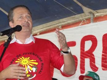Eduardo Campos discursa em evento da Pastoral  (Foto: Renan Holanda/ G1)