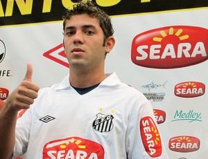 Victor Hugo, reforço do Santos para 2011 (Foto: Adilson Barros / GLOBOESPORTE.COM)