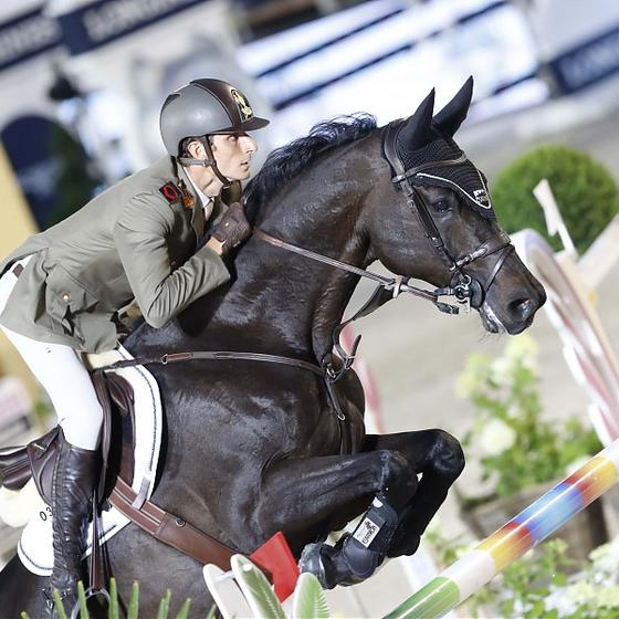 O cavalo Corneto Doda quer acesso ao cavalo (Foto:  Stefano Grasso/LGCT)