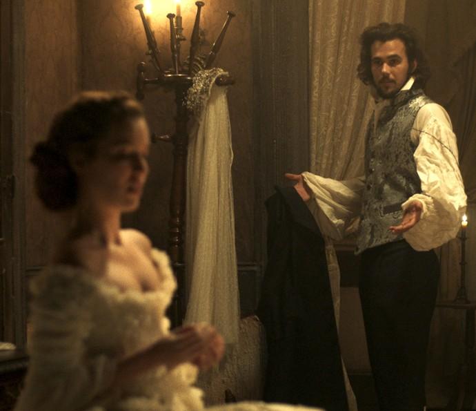 Xavier fica surpreso com decisão de Branca (Foto: TV Globo)