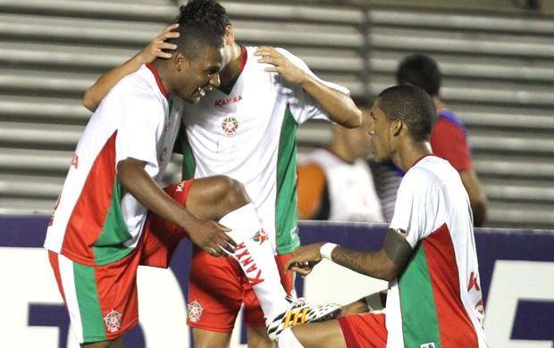 Welligton, comemora gol do Boa esporte contra o Atlético-Go (Foto: Carlos Costa / Agência estado)