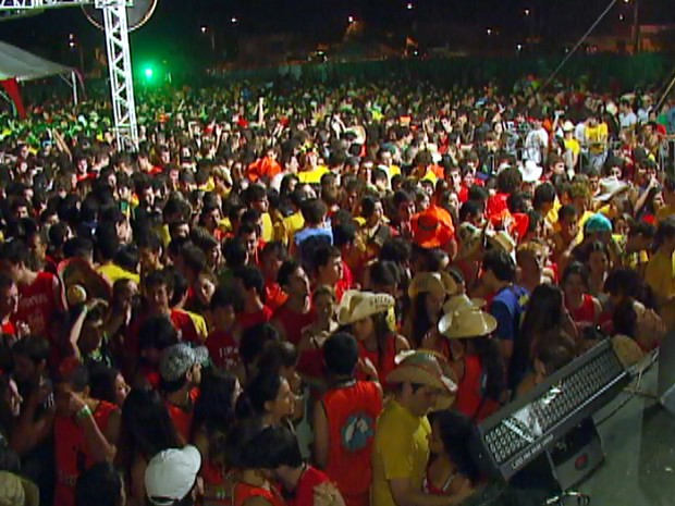 Em 2010, 30 mil estudantes participaram da Tusca em São Carlos (Foto: Reprodução/EPTV)