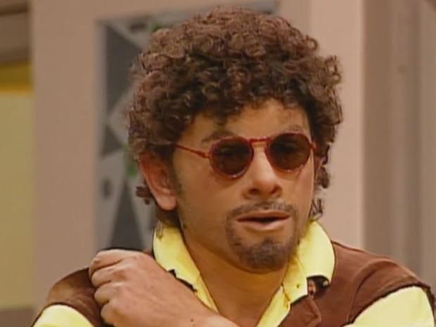 Orival Pessini como seu personagem Patropi na 'Escolinha do Professor Raimundo', em 1992 (Foto: Reprodução/TV Globo)