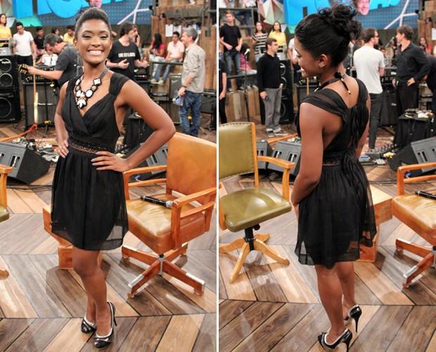 Estrela de Suburbia diz que adora um vestidinho e um salto alto (Foto: TV Globo/Altas Horas)