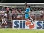 Ciente da concorrência no gol, Renan diz tirar lição dos jogos no São Paulo