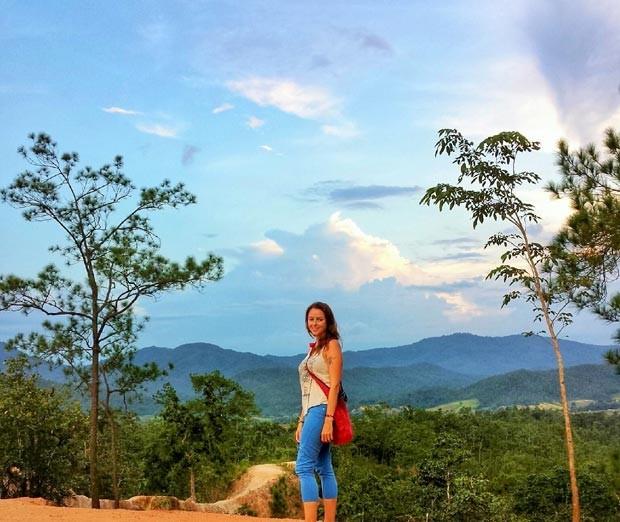 """A blogueira Randi Delano: """"Ao ter ajudado a criar uma nova vida para alguém, acabei, eu mesma, ganhando uma nova vida para mim"""" (Foto: Arquivo pessoal)"""