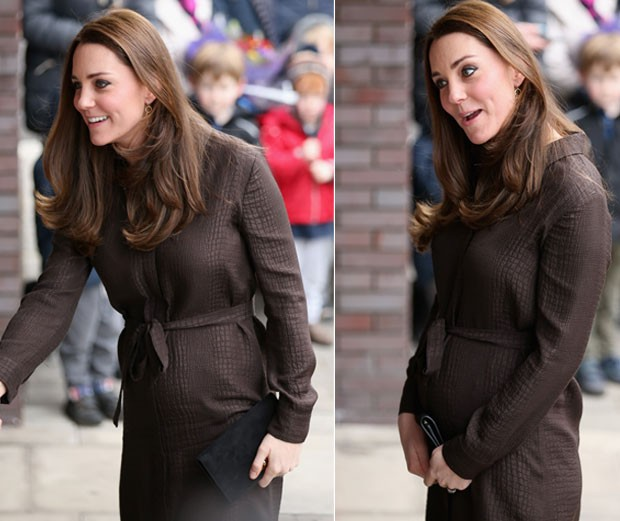 Duquesa de Cambridge, Kate Middleton exibe sua barriga de seis meses de gravidez em evento em Londres (Foto: Getty Images)