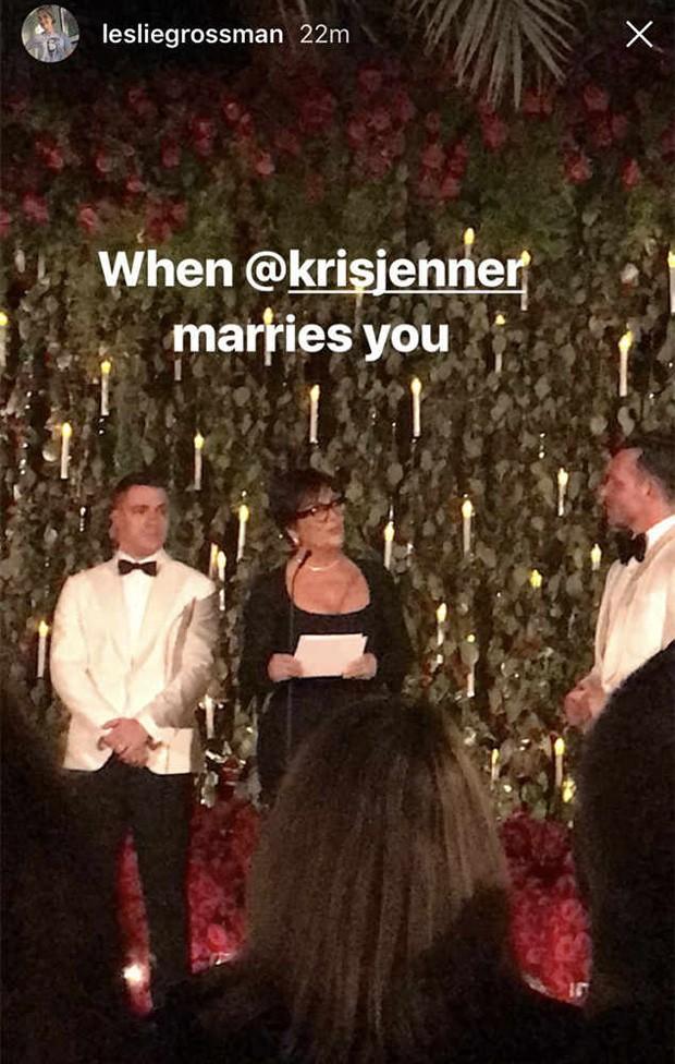 Kris Jenner entre Colton Haynes e Jeff Leatham (Foto: Reprodução/Instagram)