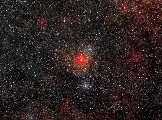Impressão artística da estrela hipergigante amarela HR 5171 (Foto: Divulgação/ESO)