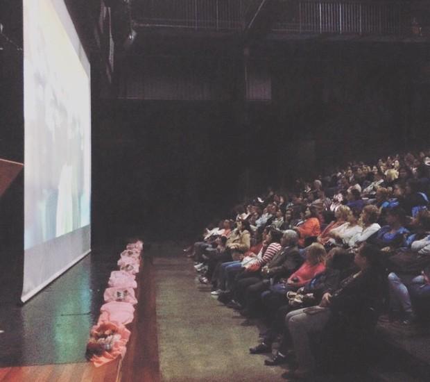 """O documentário """"O começo da vida"""" foi exibido simultaneamente em várias unidades do CEU (Foto: Vanessa Lima/ Crescer)"""