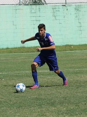 Guilherme Eulálio lateral direito Cruzeiro Sub-15 (Foto: Divulgação/ Assessoria P2)
