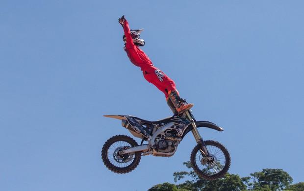 """BLOG: MM Colaboradores - EXCLUSIVO! """"O dia em que o FMX encontrou a MotoGP"""" - artigo de José Gaspar..."""