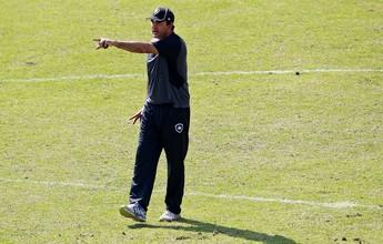 Ricardo Gomes faz testes, mas indica Marquinho como titular contra o Flu