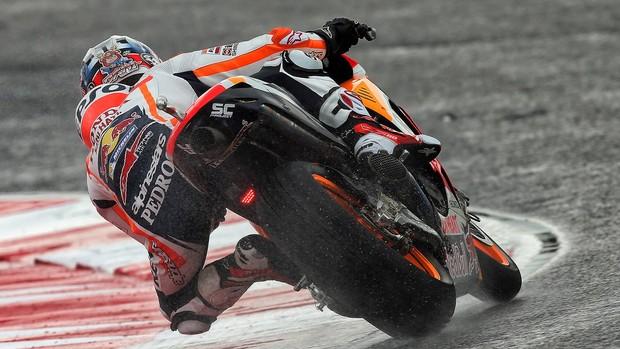 BLOG: MM Colaboradores - Dani Pedrosa e os pneus de chuva da Michelin, uma combinação inviável... - de Manuel Pecino para PecinoGP.com