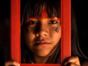 'Já fui floresta' retrata a vida dos índios Ikpeng no Parque do Xingu (Foto: José Medeiros/Divulgação)
