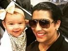 Ellen Cardoso acorda cedo e posta foto fofa com a filha