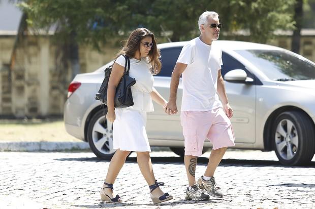 Rico Rondelli, irmão do Nizo, com a mulher (Foto: Marcos Serra Lima / EGO)