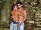 Adriana e Rodrigão posam para ensaio romântico e com pouca roupa