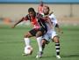 Santa Helena vence por 2 a 0 no Serra e quebra a invencibilidade do Goiânia