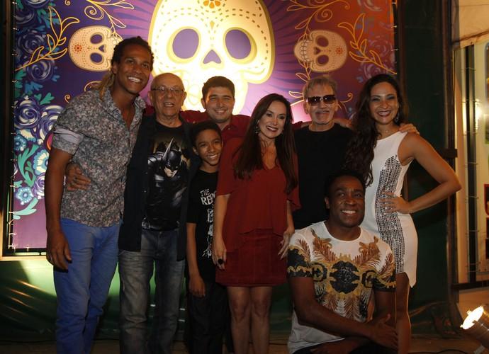 Gabriel Lima, Sabrina Korgut, Maurício Xavier, Rubens de Araújo e Karina Marthin na coletiva (Foto: Artur Meninea / Gshow)