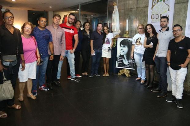 Integrantes do fã-clube de Daniella Perez (Foto: Daniel Pinheiro e Rogério Fidalgo/AgNews)