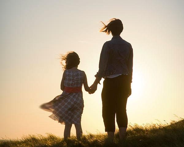 'Mamãe, ele aprendeu a ser um pai. Isso é uma coisa boa. Eu estou feliz pelos seus filhos' (Foto: Thinkstock)