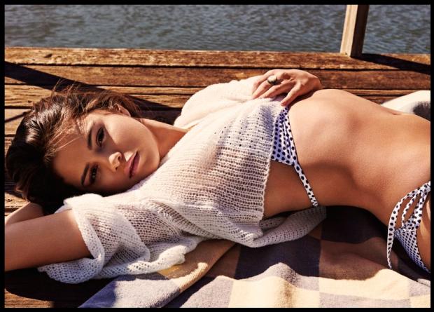 Selena Gomez, uma das mulheres mais sexy do ano (Foto: Reprodução/GQ Estados Unidos)
