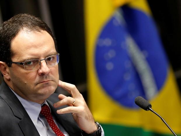 27/08 - O ex-ministro da Fazenda Nelson Barbosa fala como testemunha de defesa na sessão do julgamento final do processo de impeachment da presidente afastada Dilma Rousseff (Foto: Ueslei Marcelino/Reuters)