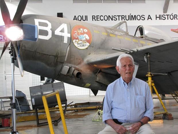 Mineirinha durante gravação de documentário para o Discovery Channel (Foto: Luis Gabriel / Sentando a Pua / Dilvulgação)