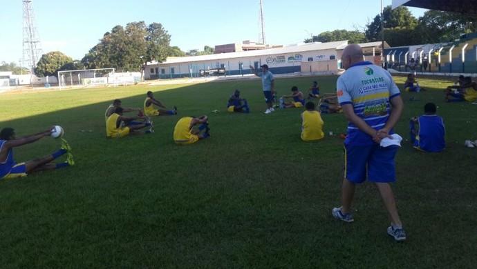 Interporto treina para enfrentar o Moto Clube (MA) no próximo dia 27 (Foto: Rafael Ishibashi/TV Anhanguera)