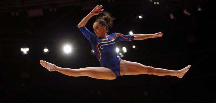 Larisa Iordache Mundial de ginástica Glasgow (Foto: Matthias Schrader / AP Photo)