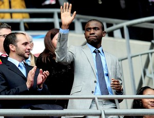 Fabrice Muamba na final da Copa da Inglaterra (Foto: Getty Images)