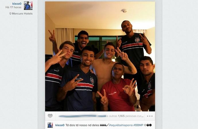 Jogadores do Bahia provocam o Vitória após eliminação (Foto: Reprodução / Instagram)