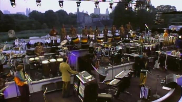 Olodum se apresenta com Paul Simon no Central Park (Foto: TV Bahia)