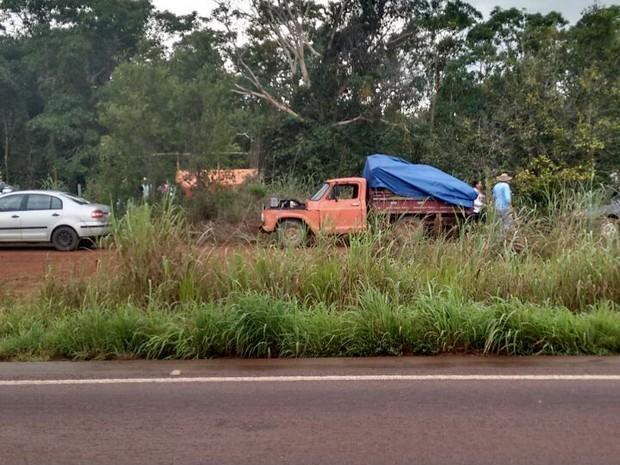 Trabalhadores invadiram fazenda nesta quarta (Foto: Luiz Henrique Cardoso/ Portal da Cidade)