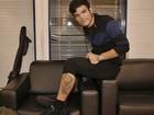 Abandono de faculdade motivou tatuagem de vocalista da Versalle