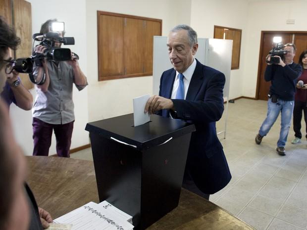 Marcelo Rebelo de Sousa pode ser eleito no primeiro turno (Foto: AP Photo/Paulo Duarte)